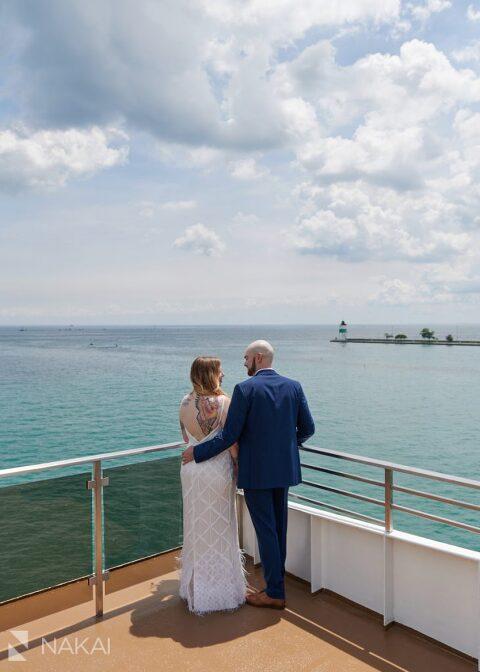 micro wedding photo chicago boat odyssey