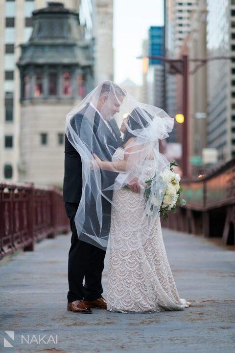 chicago intimate wedding photographer bridges