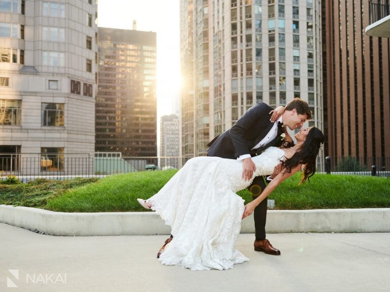 chicago intimate wedding photos outdoor Radisson blu