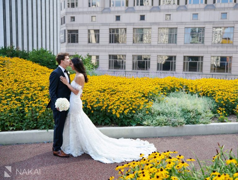 covid wedding photographer chicago Radisson blu outdoor rooftop
