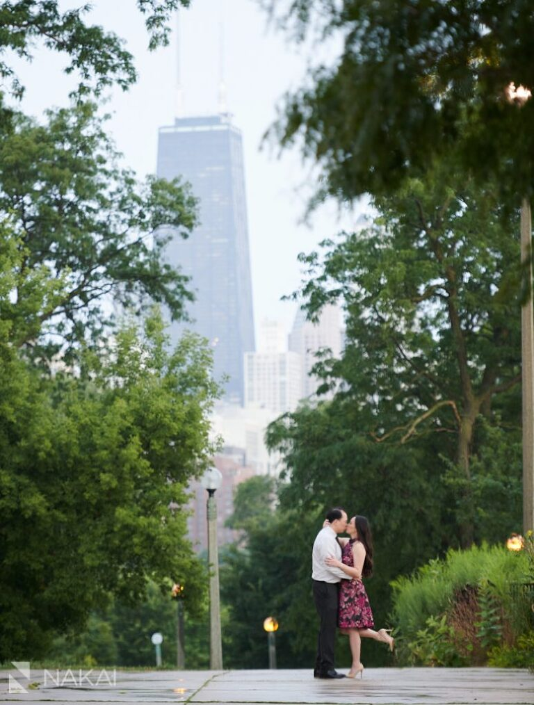 chicago engagement pictures asian couple Lincoln Park