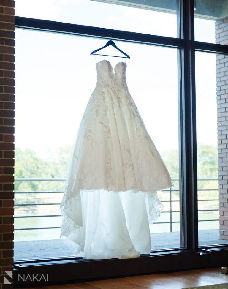 Hyatt lodge wedding photos details oak brook