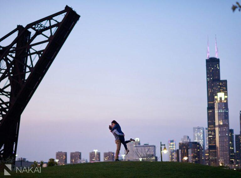 chicago nighttime engagement photos skyline