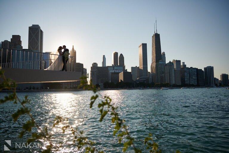 olive park wedding photos chicago bride groom skyline