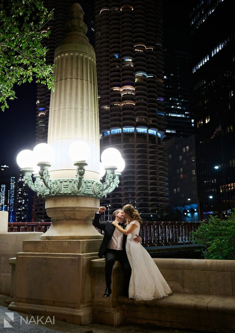 chicago wedding photos at night riverwalk